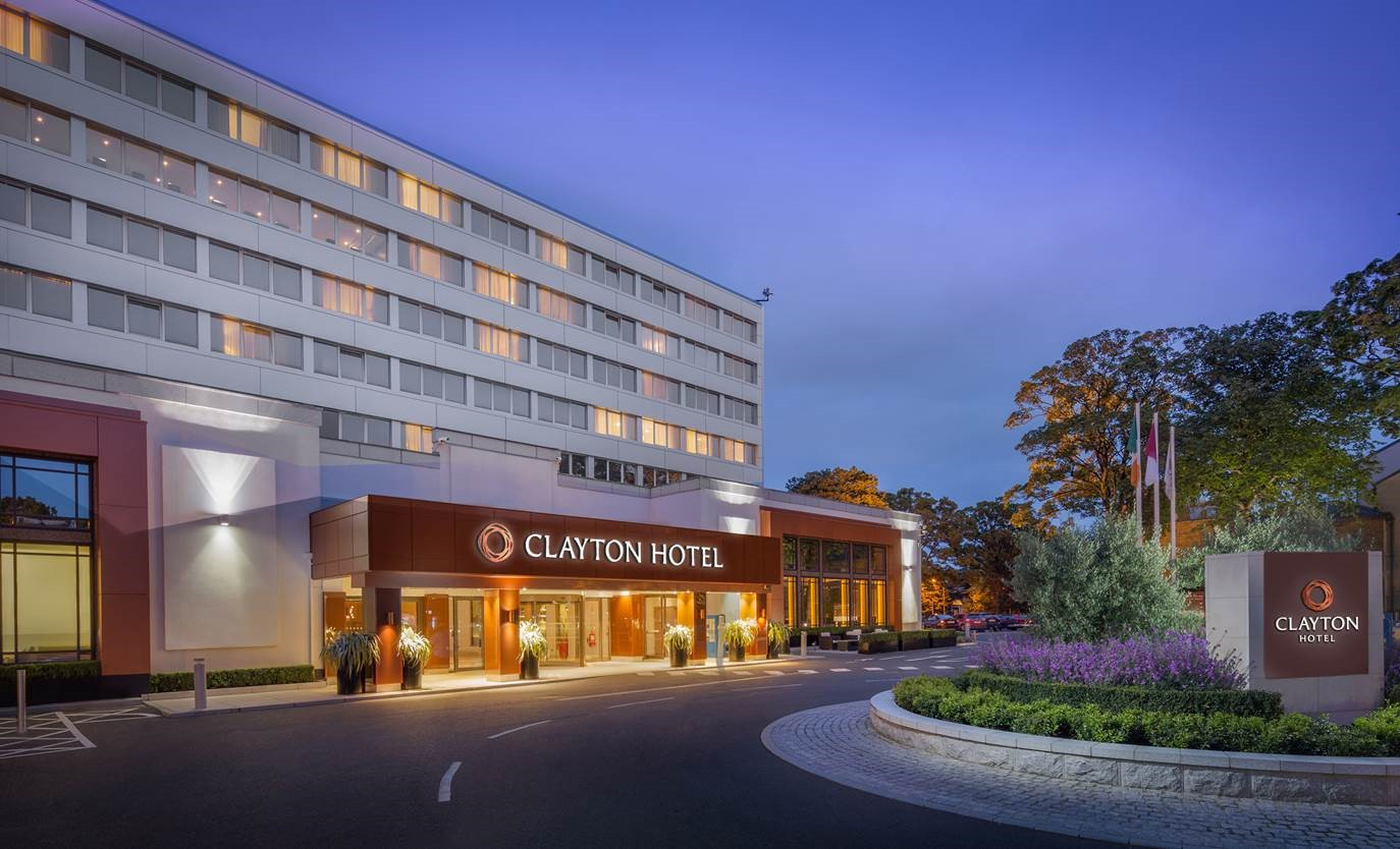13. Clayton Hotel Burlington Road Exterior Image