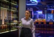 B-Bar-at-Clayton-Hotel-Burlington-Road-watiress-with-tray-cocktails