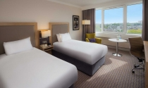Clayton-Hotel-Burlington-Road-Twin-Guest-Room