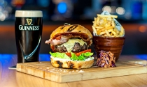Food-Bar-Beef-Burger-and-Guinness-B-Bar-at-Clayton-Hotel-Burlington-Road