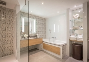 Persidential_Bathroom