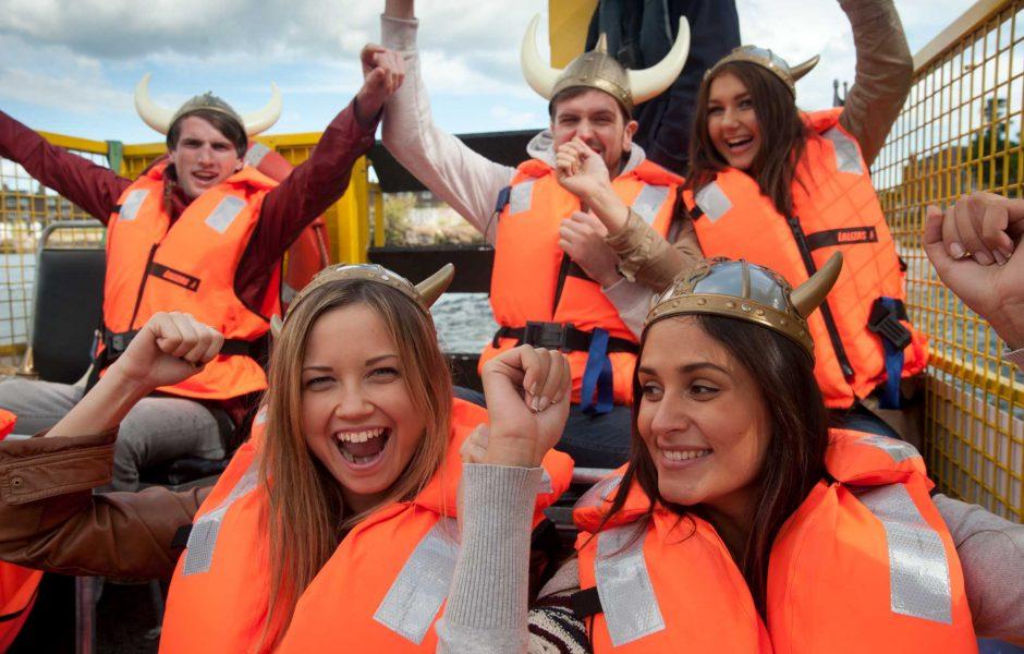 tourists on the viking splash tour